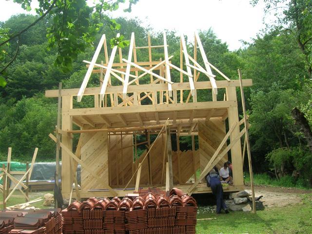 montazna kuca krovna konstrukcija